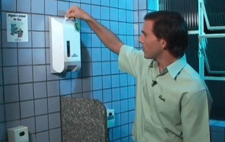 Papel higiênico interfolhado